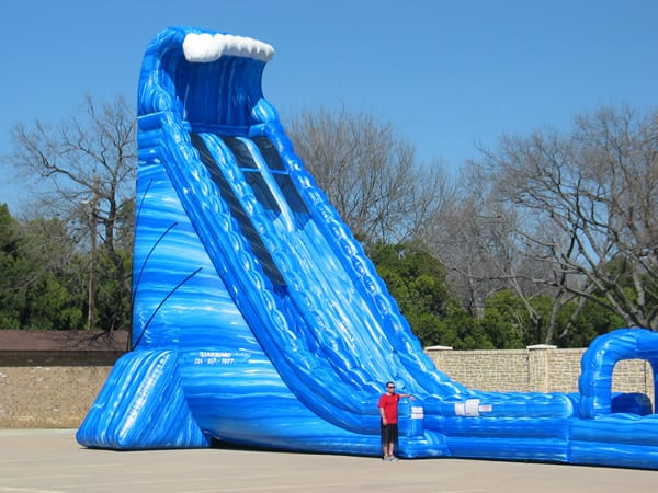 Blue Crush giant water slide rental - pic 4