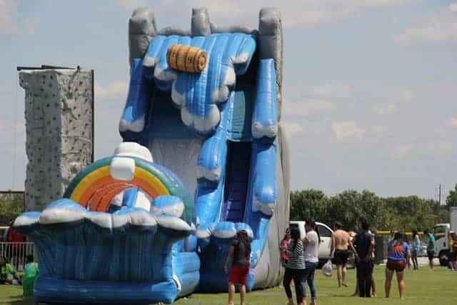 Niagara-Falls-Water-Slide Rental