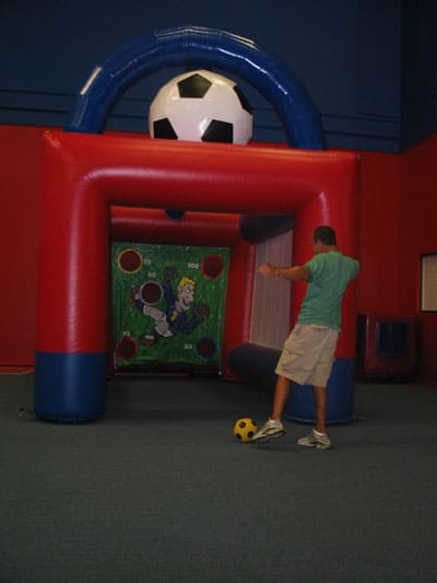 sports-arena-soccer-inflatable 2