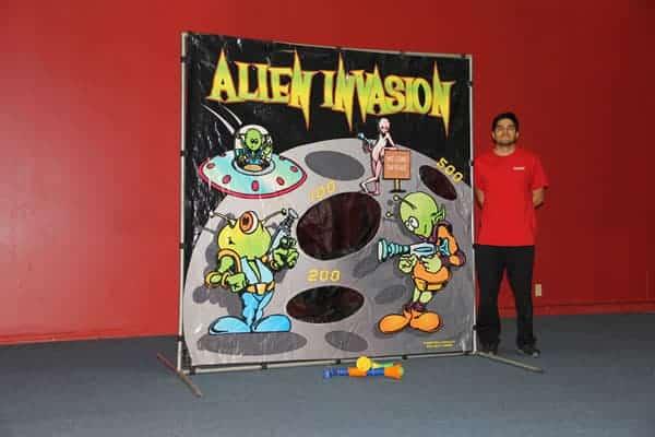 alien-invasion carnival rental