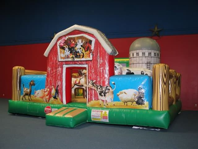 farmyard-bounce-house-slide